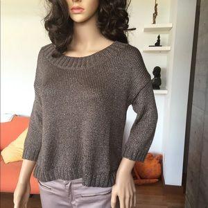 Gap dark taupe 3/4 sleeves scoop neck sweater XS.